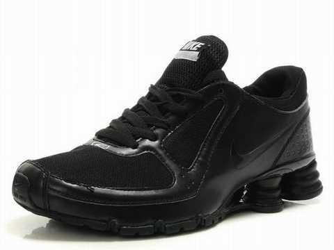 Nike Shox Rivalry Blanche Et Noir