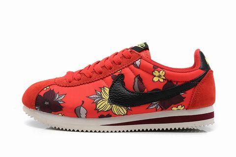 Nike Classic Cortez Nylon Chaussures