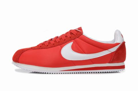 1257b8d549e Red Nike Cortez Foot Locker gatwick-airport-parking-deals.co.uk